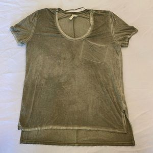 WE THE FREE V-Neck T-Shirt, Olive Green, Small